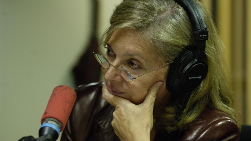 Kathleen Evin au micro. © Christophe Abramowitz